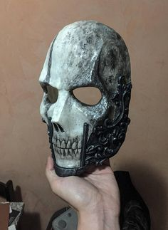 THE BARON Resin Full-Face Skull Mask