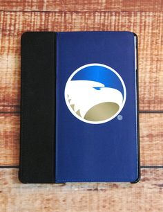 Keep your iPad safe while showing your love for your favorite Eagles with this new Georgia Southern iPad cover! Go Eagles