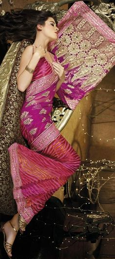 120116, Party Wear Sarees, Embroidered Sarees, Net, Machine Embroidery, Gota Patti, Sequence, Patch, Zari, Pink and Majenta Color Family