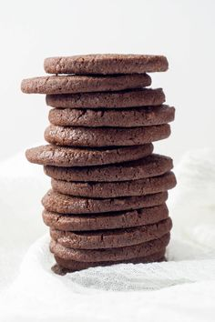 Crisp and chocolatey, but not overly sweet, these Homemade Chocolate Wafers are a copycat of Nabisco Famous Chocolate Wafers but so much better. Essential for chocolate cookie crumb crusts and perfect with a glass of milk or a cup of coffee. Nabisco Famous Chocolate Wafers, Chocolate Wafer Cookies, Chocolate Cookie Recipes, Homemade Chocolate, Chocolate Desserts, Easy Desserts, Delicious Desserts, Dessert Recipes, Healthy Chocolate