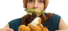 Eat your feelings? These expert tips will help! By Cathy Garrard Eat when you're hungry and stop when you're full. Sounds simple enough, but if you've ever reached for far too many handfuls, mouthf. Health And Wellness, Health Fitness, Top 15, Frappe, Bad Habits, Food Cravings, Weight Loss Tips, Losing Weight, Simple Way