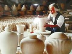 Bat Trang is the common name for the type of pottery produced in the village of Bat Trang, a traditional pottery village of Vietnam and famous http://hanoicity.blogspot.com/2013/06/bat-trang-ceramics.html