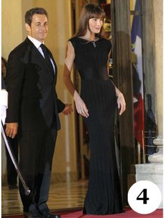 November 2010 Carla Bruni-Sarkozy, in Chanel, w/ husband and French president, Nicolas Sarkozy, at a state dinner with the president of China, Hu Jintao, at the Élysée Palace in Paris.