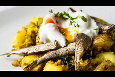 Sardine hash recipe, Bite – visit Eat Well for New Zealand recipes using local ingredients - Eat Well (formerly Bite) Hash Recipe, Potato Hash, How To Cook Potatoes, Saute Onions, Gluten Free Chicken, Fried Potatoes, Curry Powder, Poached Eggs, 2 Ingredients