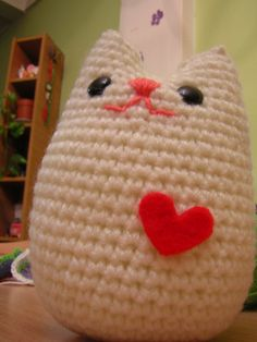 Make a big one of these kitties for Madi :)