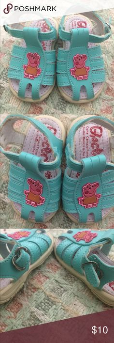 Peppa Pig Sandals! Peppa pig buckled sandals ! Worn once by my baby girl because unfortunately she had out grown them already. Made in Mexico, great quality and comfortable ! Correlates with a size 3 in the US. Giocerik Shoes Sandals & Flip Flops
