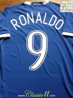 Relive Ronaldo s 2006 2007 international season with this vintage Nike  Brazil away football shirt. fd5f888d5
