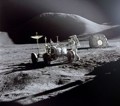 I can show you here secret photos of Moon. You see and decide these are secret photos or not. Ancient Aliens, Ancient History, Ufo, Alien Photos, Alien Sightings, Back To The Moon, Apollo 11 Moon Landing, Secret Photo, Apollo Missions