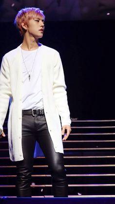 Daehyun LOE 2014 Dallas that I was able to go seexD Himchan, Youngjae, Jung Daehyun, Daesung, Bap, Korean Music, Korean Celebrities, Korean Men, Vixx