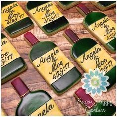 Wine Cookies, Wine Bottle Cookie favors for wedding or wedding shower. Wine bottles, personalized. Royal Icing Cookies, Cupcake Cookies, Sugar Cookies, Cupcakes, Winery Bridal Showers, Bridal Shower Wine, Wine Cookies, Cookie Favors, Cocktail Theme