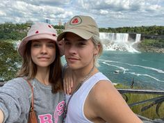 """Dylan Sprouse on Instagram: """"Swipe for the FULL NIAGARA FALLS EXPERIENCE"""" Dylan Sprouse, Barbara Palvin, Vintage Couples, Cute Couples, Silly Pictures, Hollywood, Celebrity Couples, Most Beautiful Women, Casual Looks"""
