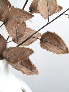 burlap leaves - I need some of these in my bouquet..