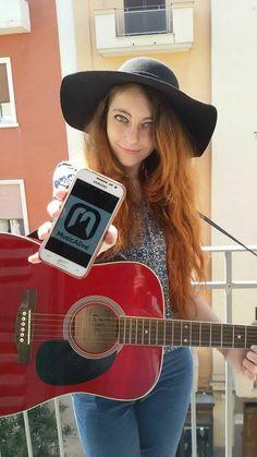 """Se supporti Nathalie commenta con """"NATHALIE+"""" questo post!   Nathalie (Nathalie Noemi Bruno) è una giovane cantautrice ventenne di Bari, appassionata di musica sin dalla nascita. Comincia a cantare, nell'istante in cui impara a parlare. Scrive pezzi sia in inglese che in italiano, accompagnandosi con la sua chitarra. Nei suoi brani racconta della sua vita e di tutto quello che ha appreso e continua ad apprendere ed vede nella musica (e l'arte in genere) la miglior forma di comunicazione…"""