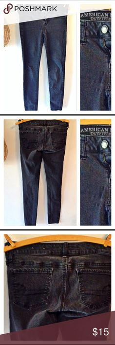 American Eagle Jegging super stretch These are a pair of American Eagle jegging super stretch jeans. They are a size 4 and the color is black. They have a bit of distressed marks on them. They have been worn but are in great condition. American Eagle Outfitters Jeans Skinny