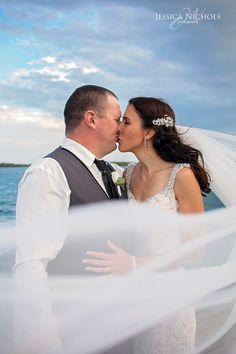 Beach wedding / wedding / wedding day / wedding photography / photography / bride / groom / veil /