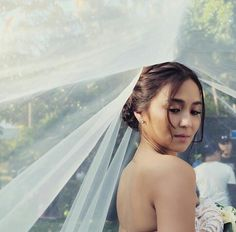 Can't wait for this moment to come. Yung totoong wedding na. Filipino, Filipina Actress, Daniel Johns, Daniel Padilla, Cant Help Falling In Love, Kathryn Bernardo, Queen Of Hearts, Blue Hearts, Celebs
