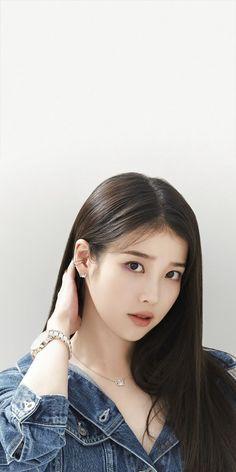 Guys And Girls, Kpop Girls, Iu Hair, Korean Picture, Short Hair Outfits, Kpop Girl Bands, Asian Bridal Dresses, Cute Korean Girl, Korean Actresses