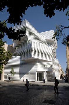 José Antonio Martínez Lapeña and Elias Torres Tur, architects, Centro Cultural El Carme, Badalona.