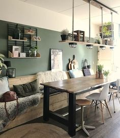 Inspiration: a wooden plank in your interior - plank your mind . Farmhouse Style Kitchen, Modern Farmhouse Kitchens, Farmhouse Decor, Room Inspiration, Interior Inspiration, Home Living Room, Living Spaces, Home Luxury, Dining Table Lighting