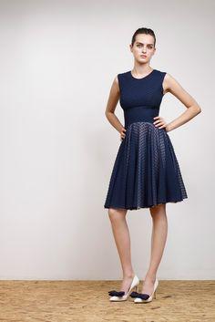 Emilio de la Morena | Resort 2015 | 16 Blue pleated sleeveless midi dress