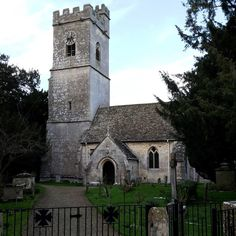 The Cotswold Edge - St Andrew, Whitminster.