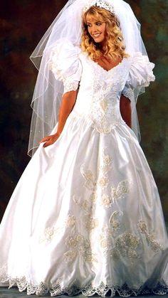 Brides, Victorian, Satin, Dresses, Fashion, Bride Groom Dress, Engagement, Templates, Vestidos