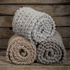 Alpaca wool volume shawl