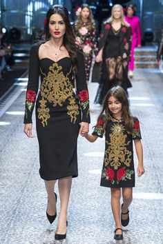 Runway #fashion review #MFW Fall17: Dolce & Gabbana's everyone collection is everything