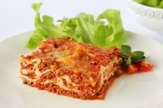 Lasagne: At last a lasagne that is low in saturated fat, low in kilojoules and has moderate sodium. Great for those aiming to manage blood pressure and diabetes. Low Calorie Recipes, Diabetic Recipes, Cooking Recipes, Healthy Recipes, Saturated Fat, Yummy Food, Meals, Book 1, Lasagna