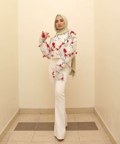 Be bold, or italic, but never regular ❤️ . Feeling bold and romantic, this jacket is just what I need! Wearing the usual… Street Hijab Fashion, Abaya Fashion, Muslim Fashion, Modest Fashion, Women's Fashion, Jumpsuit Hijab, Hijab Dress, Kebaya Dress, Muslim Dress