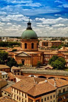 Toulouse, France (by Franck Bachere) photography