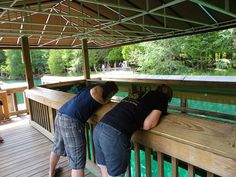 Fresh water spring, Kitch-iti-kipi. 35 Awesome Things To Do In The Upper Peninsula of Michigan