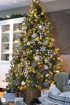 Black and White Plaid Buffalo Check Christmas Tree