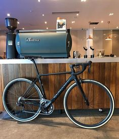 "3,889 Likes, 8 Comments - Loves road bikes (@loves_road_bikes) on Instagram: "" Factor O2   @cyclerepublica #lovesroadbikes #factorbikes #factoro2 #shimano #duraace…"""