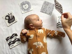 PRINTA E DOBRA Black and white cards for newborn - Free Printable Cartões em preto e branco para recém nascidos - Download grátis!