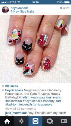 Geometric nail design flowers