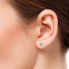 Sapphire Diamond, Diamond Studs, White Sapphire, Blue Topaz, Round Earrings, Diamond Earrings, Metal Jewelry, Fine Jewelry, Gold Jewellery