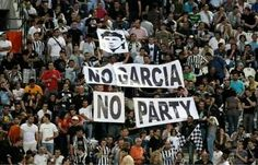No Garcia no party ΠΑΟΚ Thessaloniki, Football Fans, Party, Fun, Modern, Trendy Tree, Parties, Lol, Funny