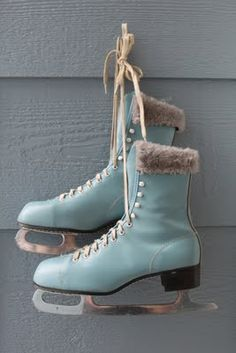 vintage baby blue ice skates with fur
