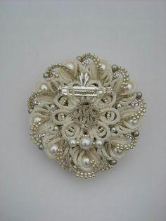 tatted brooch - back
