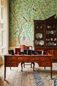 Traditional decorating