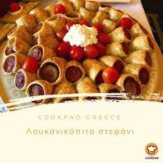 #γιορτινό λουκανικοστεφάνι #κουκανικόπιτα Finger Foods, Waffles, French Toast, Food And Drink, Breakfast, Morning Coffee, Finger Food, Waffle, Snacks