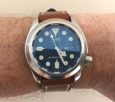 SKX 007 mod Old Watches, Seiko Watches, Watches For Men, Seiko Skx, Black Boys, Luxury Watches, Style, Fashion, Men's Watches