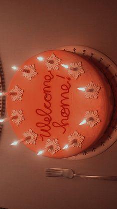 Coraline Movie, Coraline Art, Coraline Jones, Pretty Birthday Cakes, Pretty Cakes, Coraline Aesthetic, Japon Illustration, Just Cakes, Tim Burton