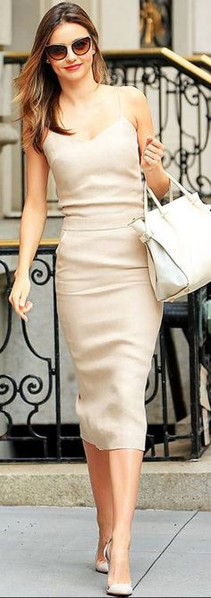 e746afd60c #street #fashion Miranda Kerr Neutral Look @wachabuy Abito Color Carne,  Abiti Matita