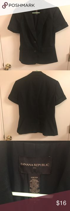 Banana Republic Short Sleeve Navy Blazer 8 Super cute, barely worn. Some Sweater fuzz on it, sorry, I can't find my lint roller! Looks great with a casual tank and some white chinos/jeans for cooler summer weather. Very preppy! Banana Republic Jackets & Coats Blazers