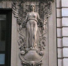 The angel goddess on a Fifth Avenue building | Ephemeral New York