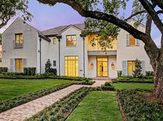 View 41 photos of this $5,295,000, 5 bed, 7.0 bath, 8782 sqft new construction single family home located at 5950 Stones Throw Rd, Houston, TX 77057 built in 2017. MLS # 86567145.