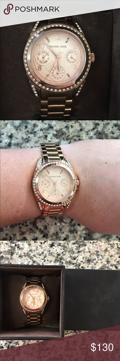 Michael Kors Rose Gold Watch Beautiful rose gold Michael Kors watch. Come with the box and all the links. In excellent condition with just some minor wear to the band that is shown in the photos. Needs a new battery. Michael Kors Accessories Watches