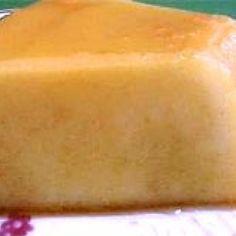 Pudim de Padaria - Calda: 1 xícara (chá) de açúcar, 1 xícara (café) de Água | Pudim: 3 ovos, 8 colheres (sopa) de açúcar, 4 colheres (sopa) de farin... Pudding, Desserts, Other Recipes, Pudding Recipe, Spoons, Bakery Store, Eggs, Dessert, Tailgate Desserts